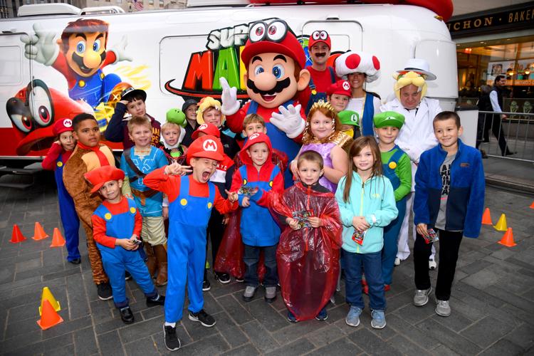 Super Mario Odyssey Launches